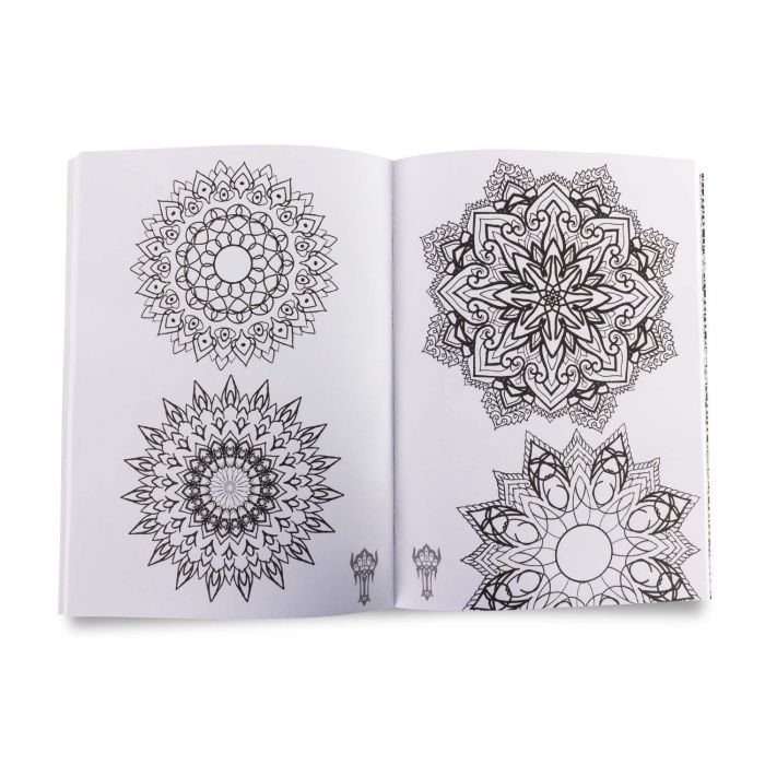 Sacred Reference & Mandalas Patterns Sketch Book por Boris Cugat